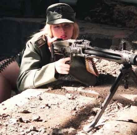 guns_21